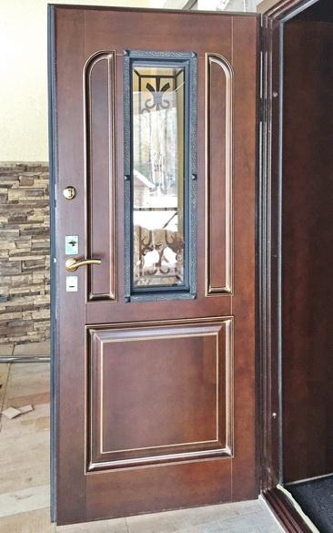 Дверь из массива цена, где купить в Чебоксарах